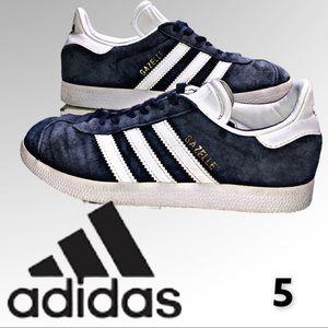 Gazelle adidas Navy Blue Men's size 5